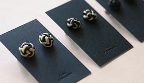 90_YUIHIMO-cuffs-